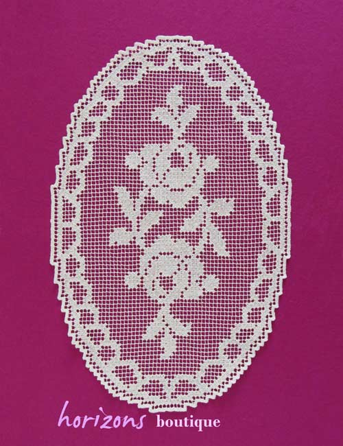 Lace - Oval Roses 43cm