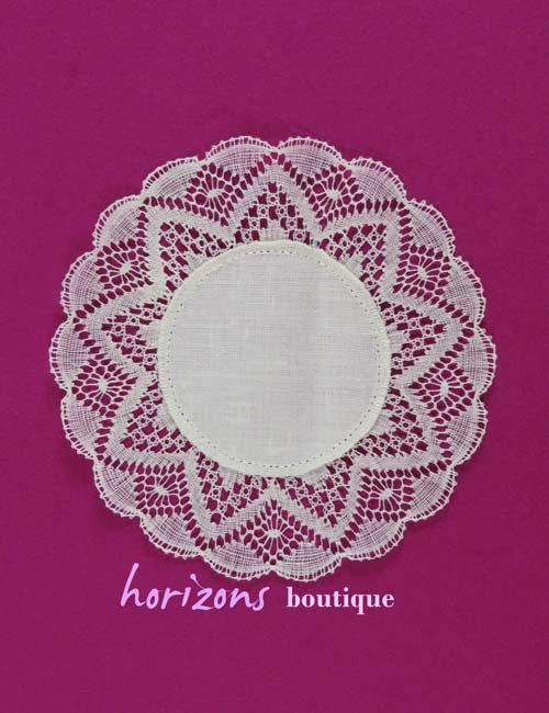 Lace - Decorated Circle 20cm