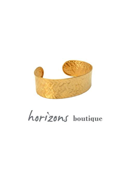 Bracelet Gold front- Plumetti